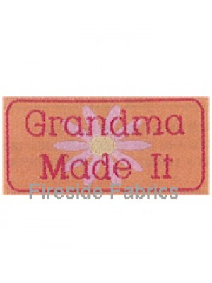 4 LABELS - GRANDMA MADE IT - IRON ON